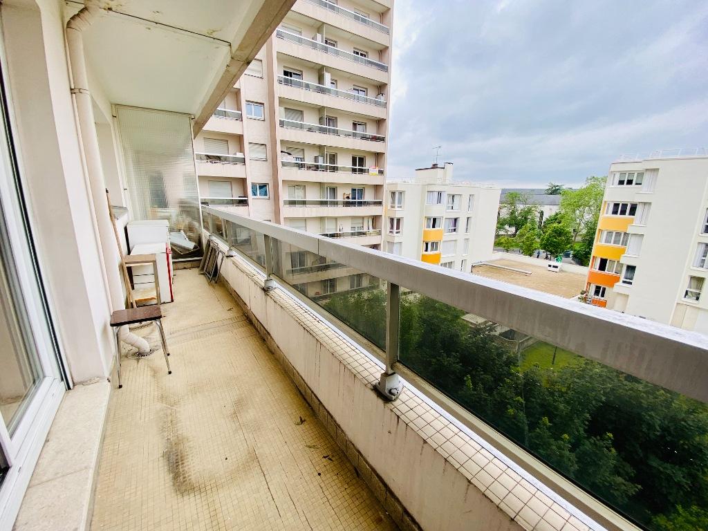 Apartment st denis – 1 room (s) – 31 m2 8