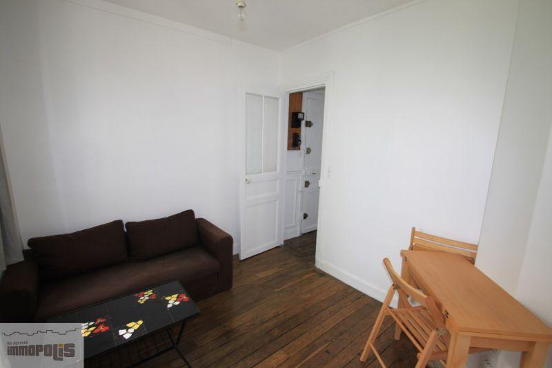 Apartment Paris 18 – 2 piece (s) – 23 m2 3