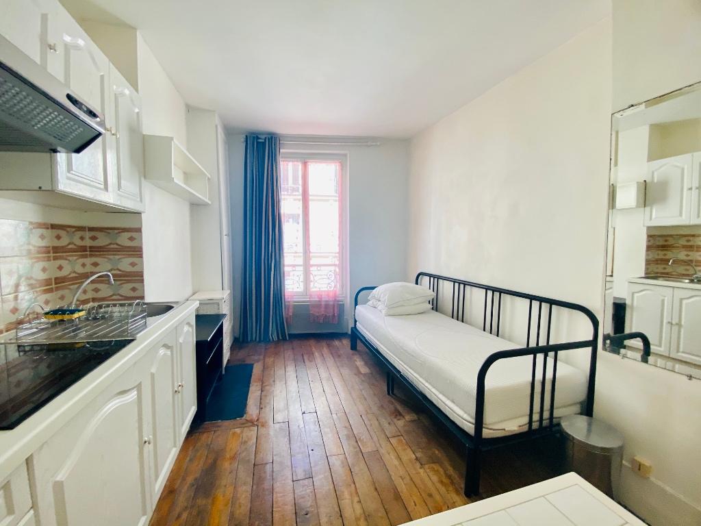 Apartment Paris 18 – 1 piece (s) – 17 m2 1