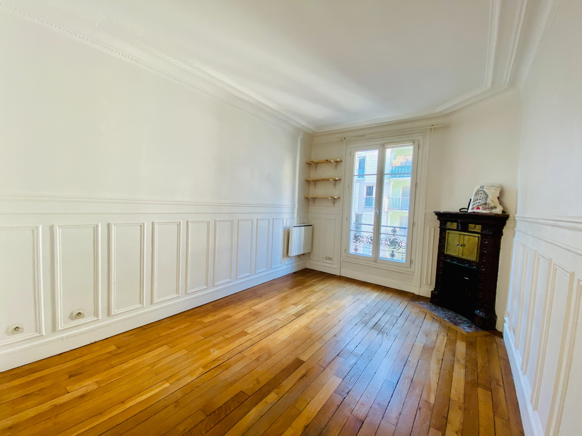 Apartment PARIS 18 – 2 room (s) – 37 m2 1
