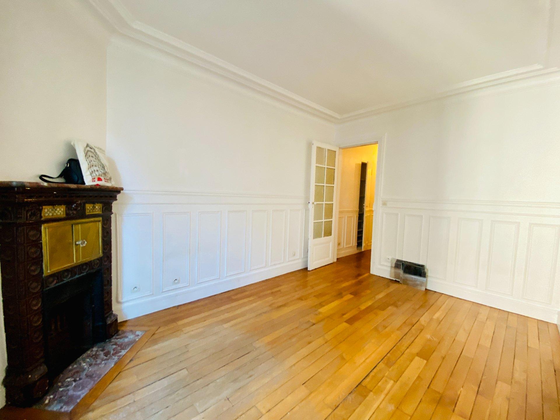 Apartment PARIS 18 – 2 room (s) – 37 m2 3