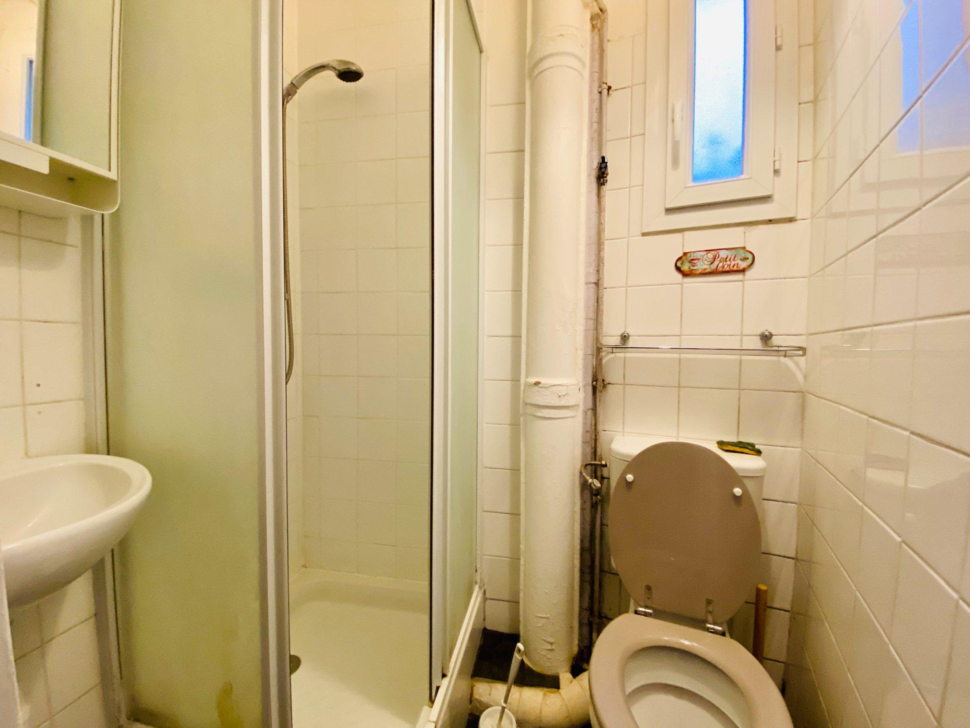 Apartment PARIS 18 – 2 room (s) – 37 m2 9