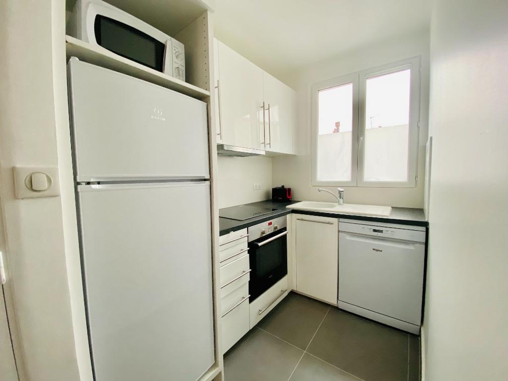 Appartement PARIS 18 – 2 pièces meublé – 35 m2 1