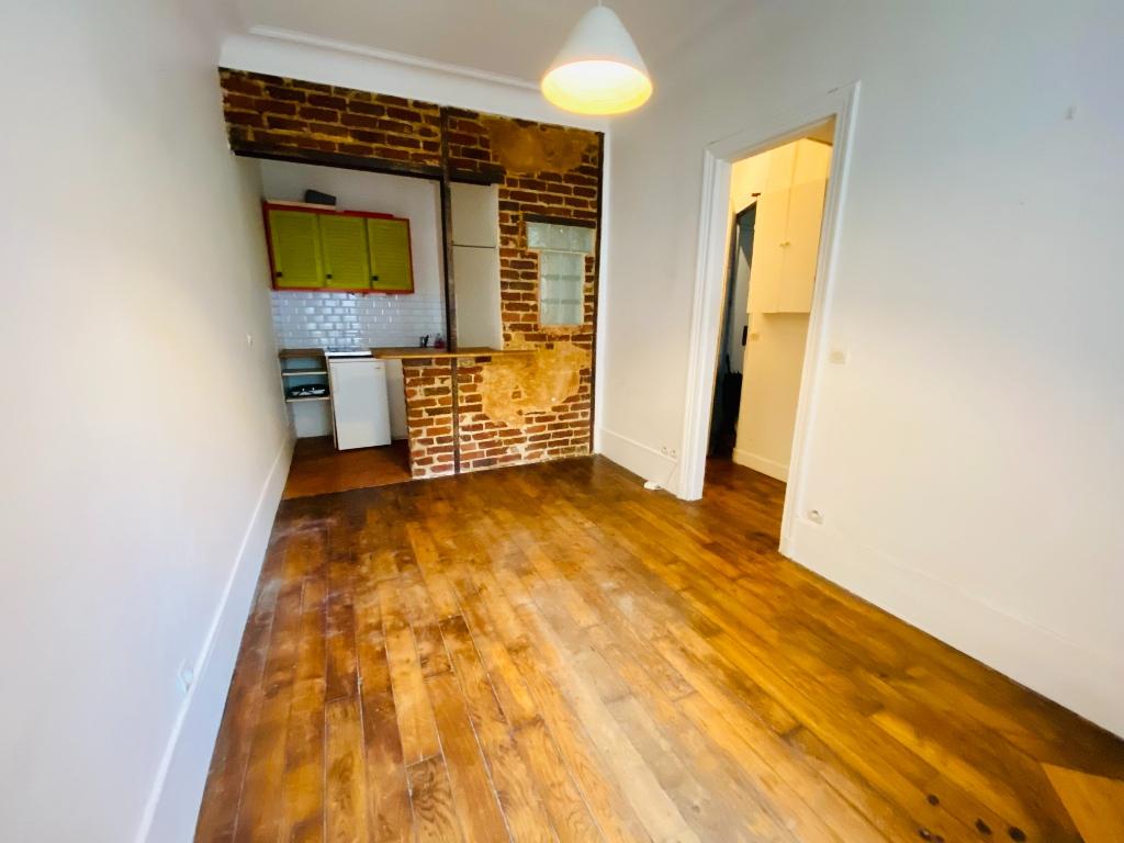 Appartement PARIS 18 – 2 pièce(s) – 26.6 m ² 1