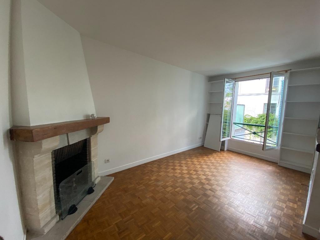 Apartment Paris 18 – 2 piece (s) empty – 38 m2 5