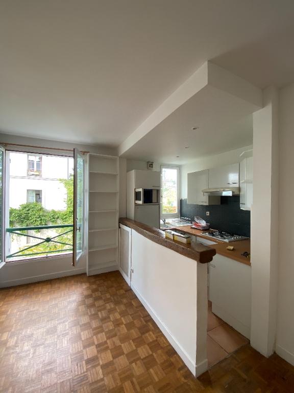 Appartement PARIS 18 – 2 pièce(s) vide – 38 m2 7