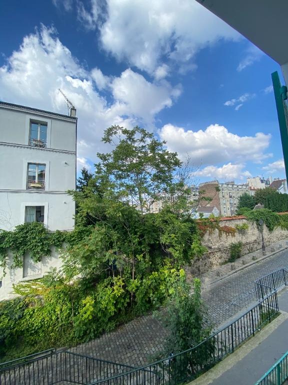 Appartement PARIS 18 – 2 pièce(s) vide – 38 m2 9