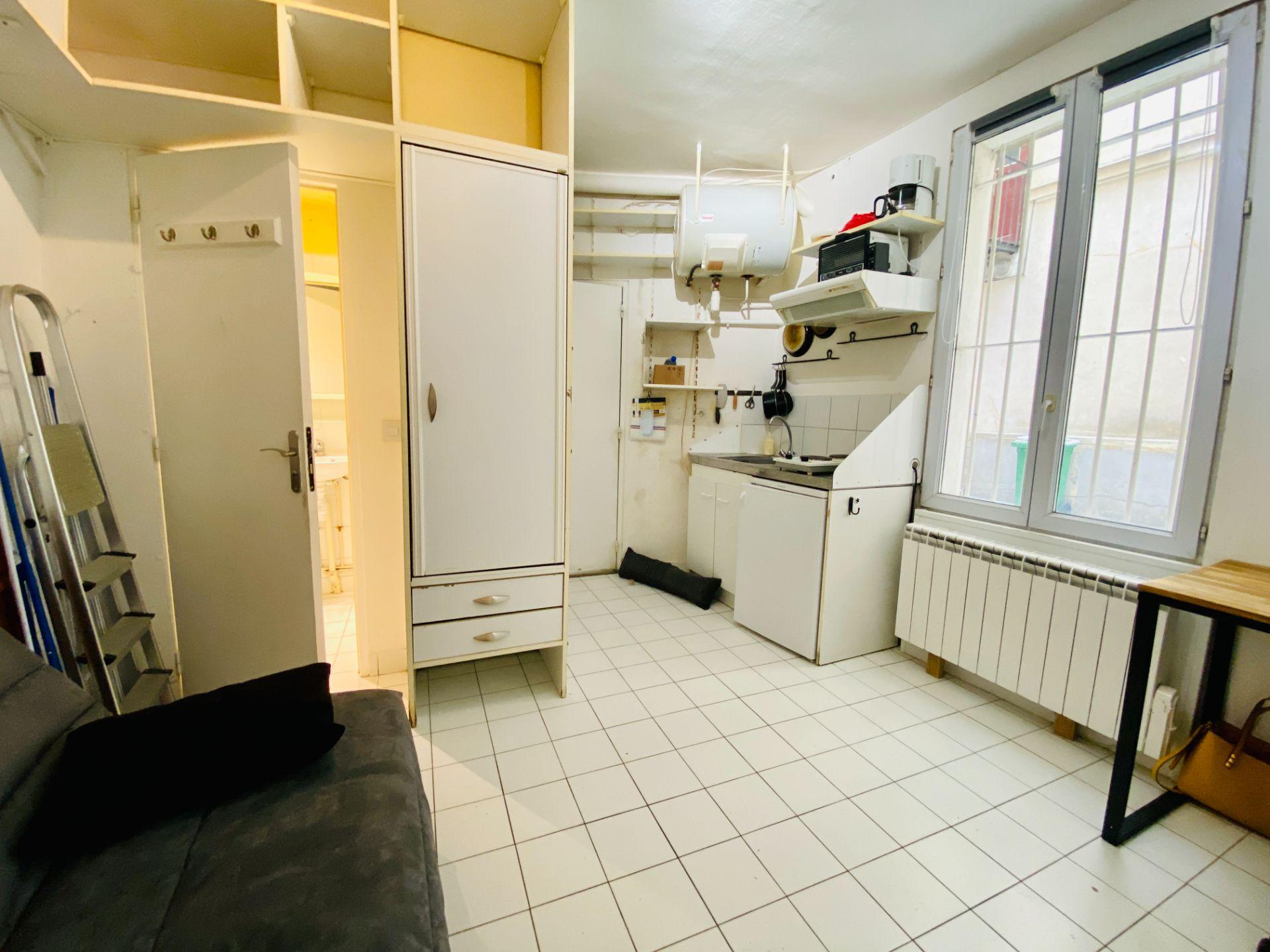 Apartment Paris 18 – 1 piece (s) – 13 m2 1