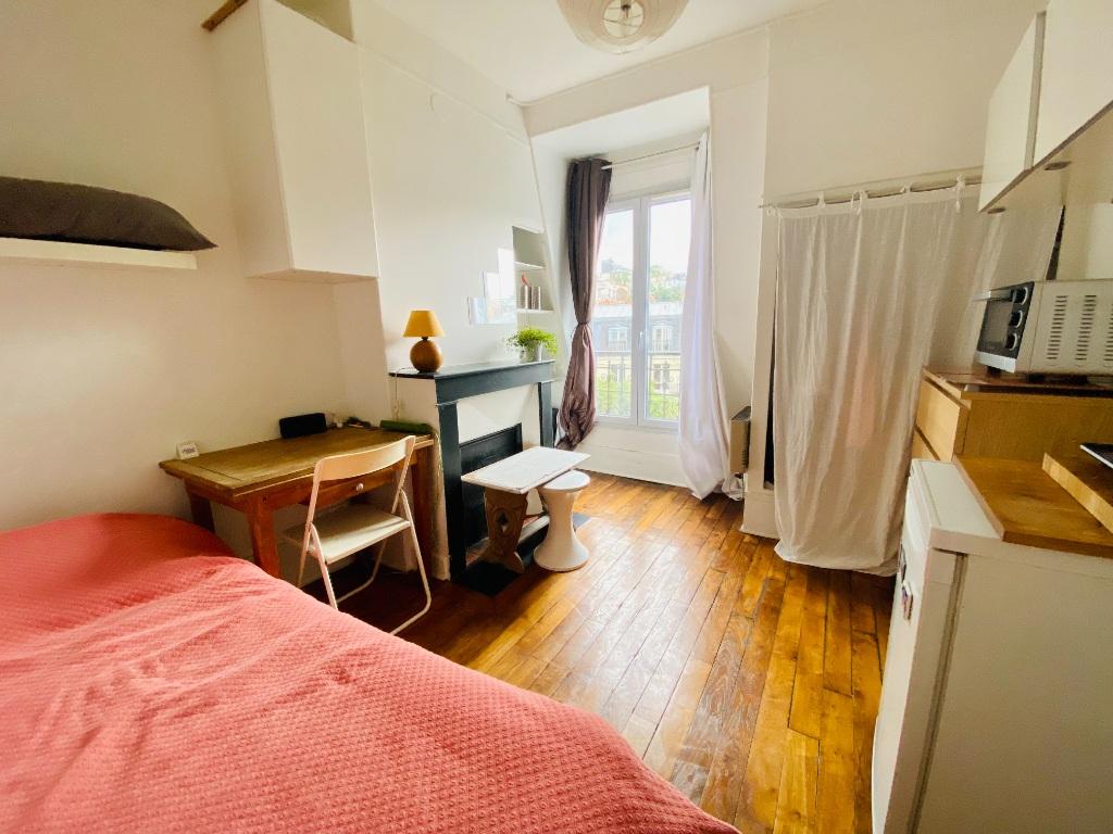 Apartment Paris 18 – 1 piece (s) – 11 m2 1