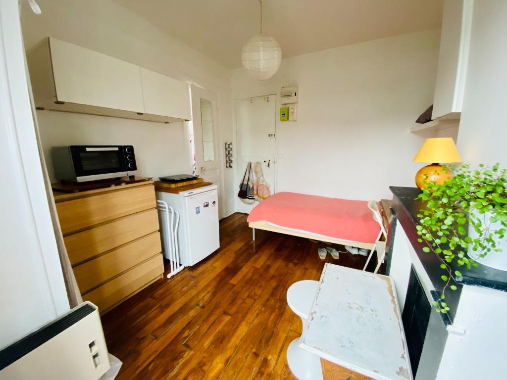 Appartement PARIS 18 – 1 pièce(s) – 11 m2 2