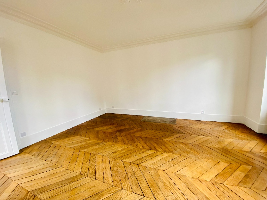 Paris 18 – 3 piece (s) – 70 m2 2