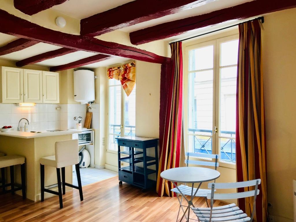 Montmartre Paris 18 – Studio meublé 26m² 1
