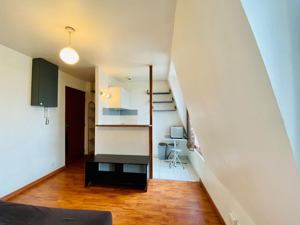 Paris 18 – studio 16 m² 4